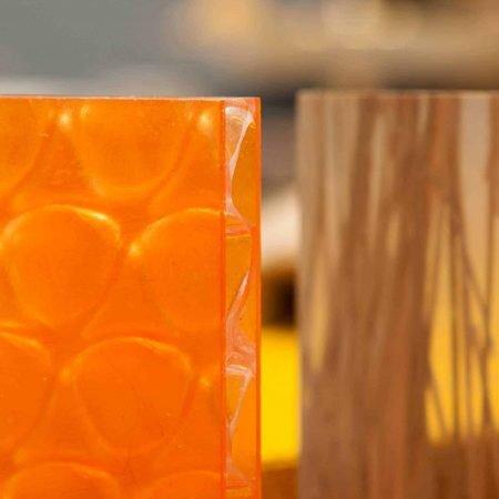 דוגמאות חומרים שונות בקורס ספריית החומרים של שרון - פלסטיק שלוש שכבות