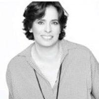 מעצבת פנים עינת רוייכמן ממליצה על קורס ספריית החומרים של שרון